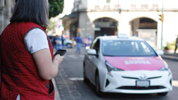 Taxis con apps en la (Obligatorio)