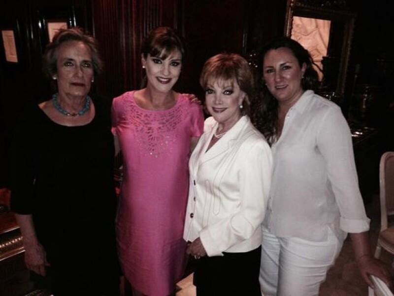 La actriz agradeció a través de su cuenta de Twitter la asistencia de varias de sus invitadas a su baby shower; entre ellas a la primera dama del país y la cantante.