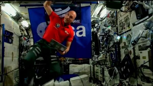 Este astronauta es el primer DJ en tocar música electrónica desde el espacio