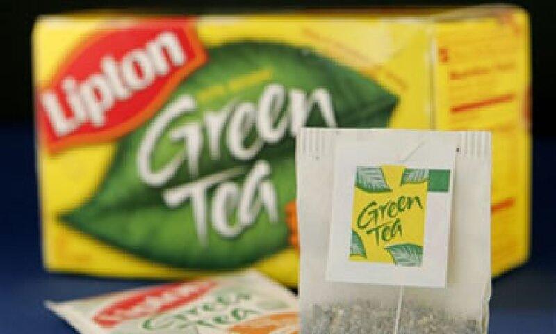 Unilever es fabricante de marcas como Lipton. (Foto: AP)