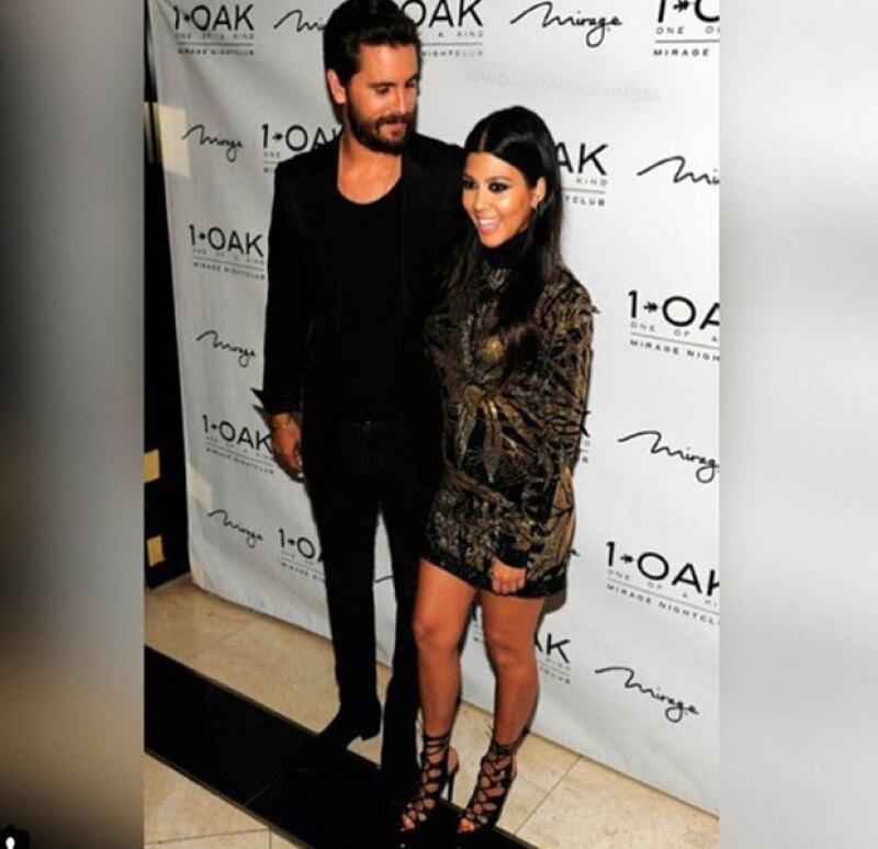 Aunque su cumpleaños no cayó en fin de semana, la pareja de Kourtney Kardashian decidió adelantar la celebración con una fiesta en su antro favorito.