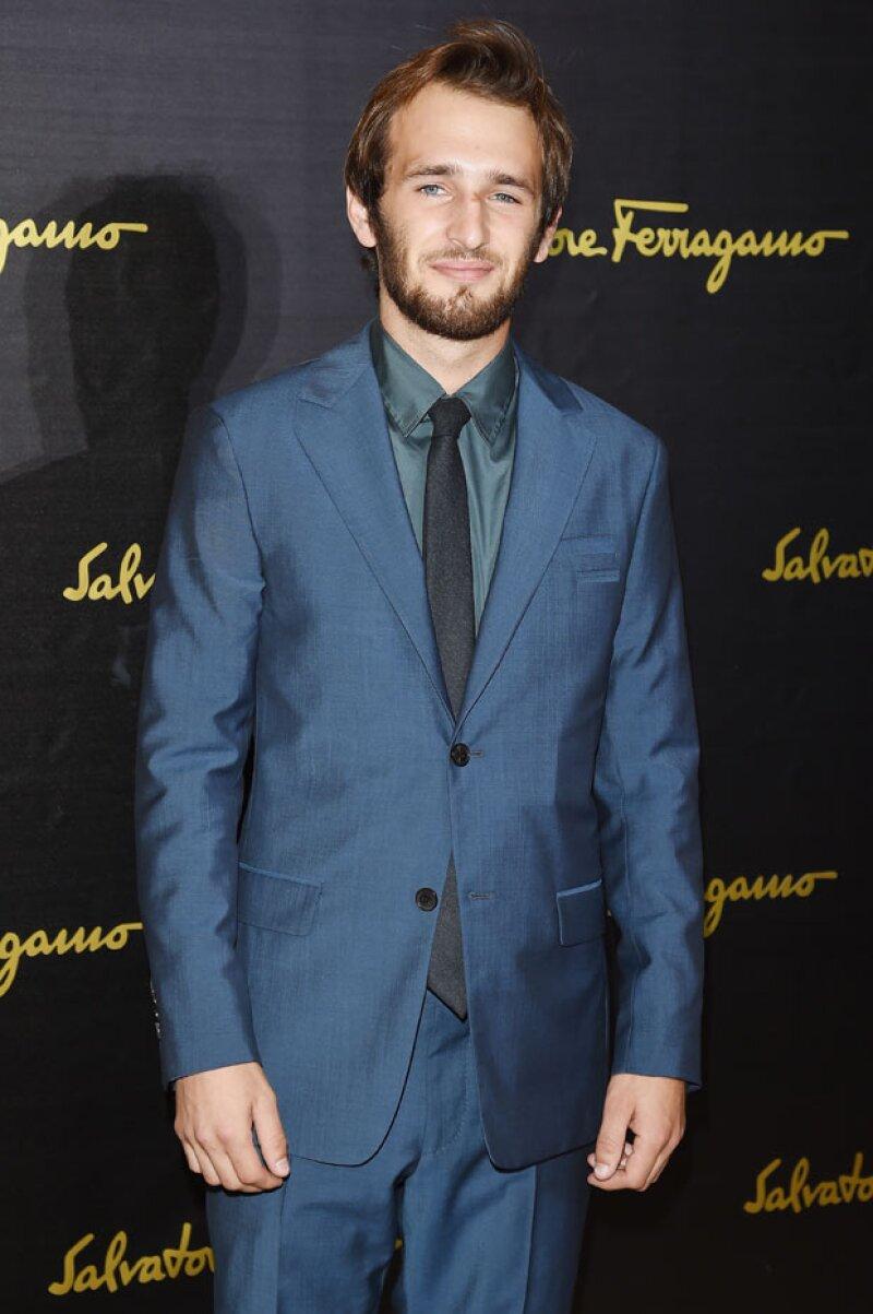 Hopper acutalmente tiene 22 años y casi  no aparece junto a sus padres, Robin Wright y Sean Penn.