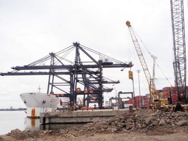 Hutchison Port Holdings México invierte alrededor de 400 mdd en la fase II de la ampliación en la Terminal Especializada de Contenedores del Puerto Lázaro Cárdenas. (Foto: Cortesía Hutchison Port Holdings (HPH).)