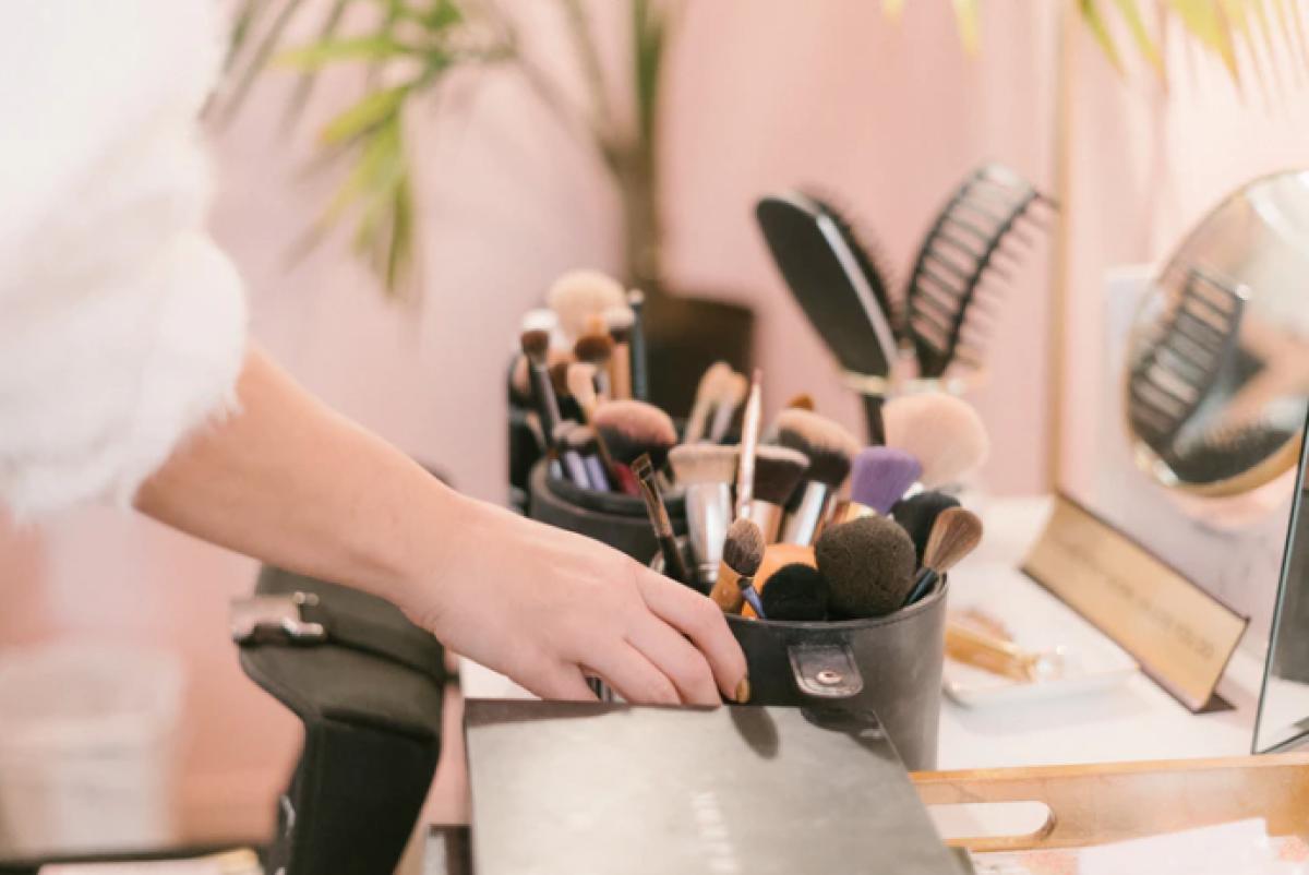 ¿Cómo limpiar tus herramientas de belleza? Este es el paso a paso