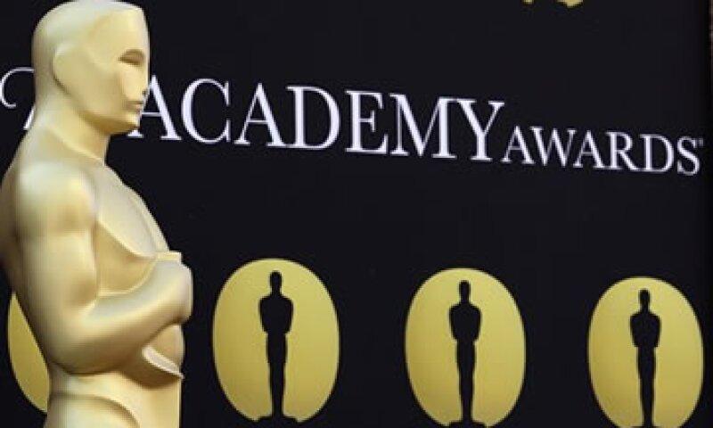 La casa de subastas dijo que espera que los Oscar se vendan por un total de dos millones de dólares. (Foto: AP)