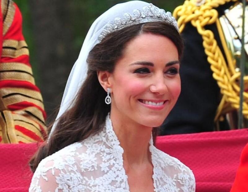 Esta fue la tiara que lució Kate en su boda con el príncipe Guillermo.