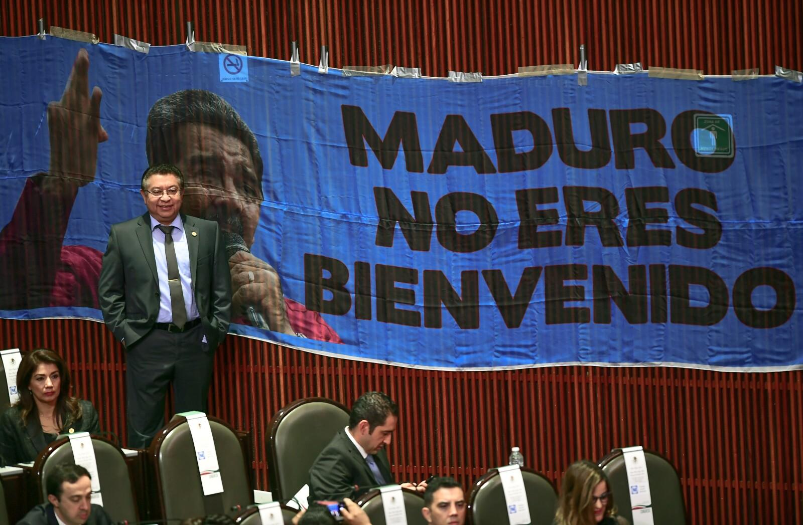 Pancarta contra Maduro