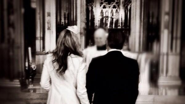 Después de 13 años de feliz matrimonio, la pareja se volvió a casar ayer en la Catedral de San Patricio en Nueva York.