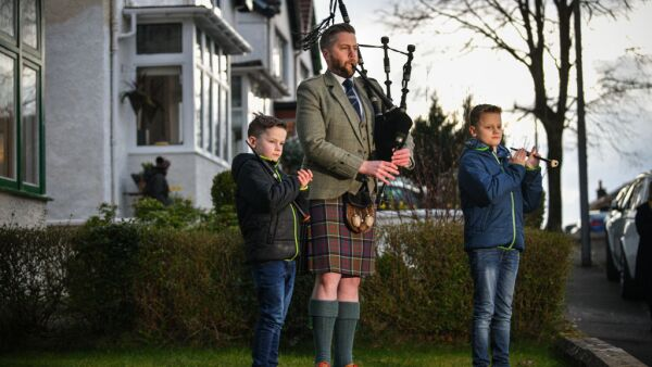 "Scotland's Bagpipers Join ""Pipe Up For Key Workers"" Tribute"