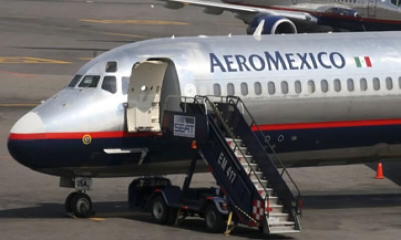 Aeroméxico reportó un alza de 0.4% en sus ingresos totales pese a tener un menor tráfico de pasajeros. (Foto: Getty Images)