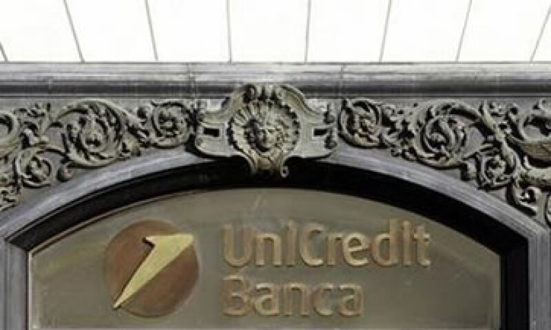 Unicredit anunció la búsqueda de capital para cumplir con las reglas que le exigen un mínimo de 9% de reservas. (Foto: Reuters)