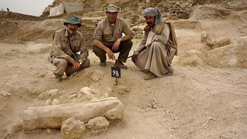 tumba niño luxor egipto