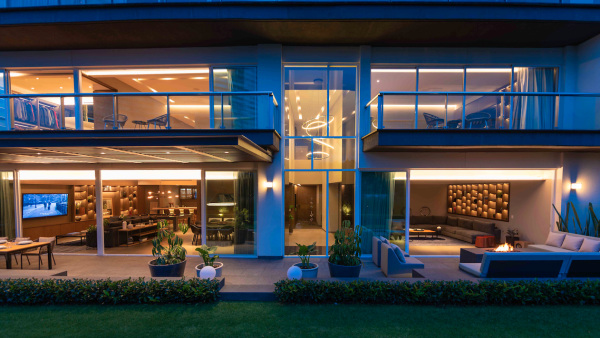 Sotheby's International Realty Property ID XRXFNW.jpg