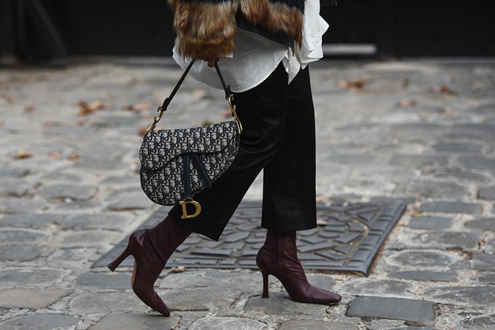 Street Style, Spring Summer 2019, Paris Fashion Week, France - 30 Sep 2018