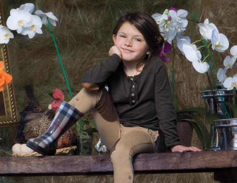 Antonia es la hija mayor de Issabela Camil y Sergio Mayer.