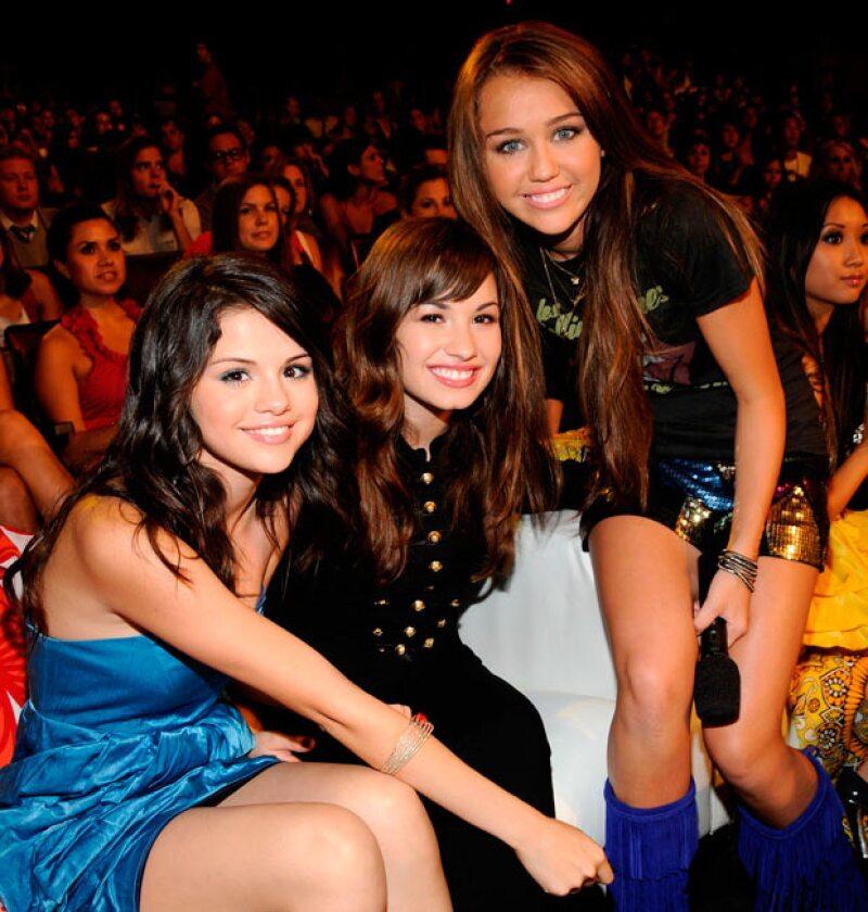 Durante años fueron amigas, pero finalmente tomaron caminos separados, lo cual causó conmoción entre sus fans y hasta la ficha da de qué hablar.