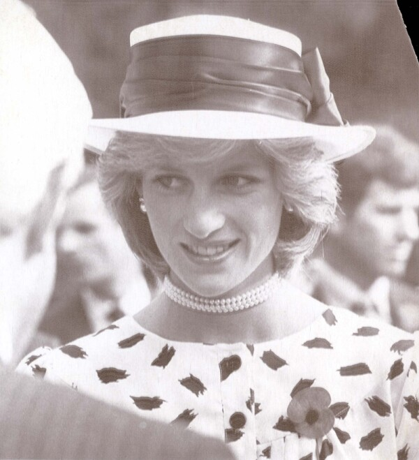 Prince & Princess Of Wales Tour Of Australia & New Zealand 23rd April 1983 Auckland New Zealand A Radiant Princess Diana Wearing A Blue And White Dress With White Hat And Black Band At A Garden Party In Auckland Today. ...royalty