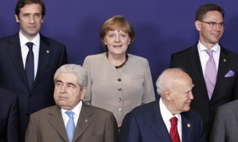 La cumbre europea aprobó movilizar los recursos para medidas inmediatas de crecimiento. (Foto: Reuters)