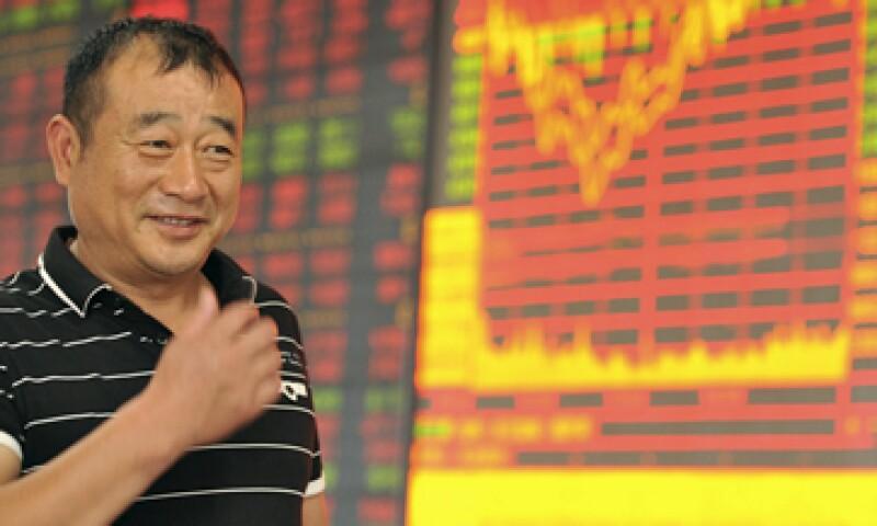 Pese a las caídas, los índices referentes de China han tenido una alza de hasta 70%. (Foto: Reuters )