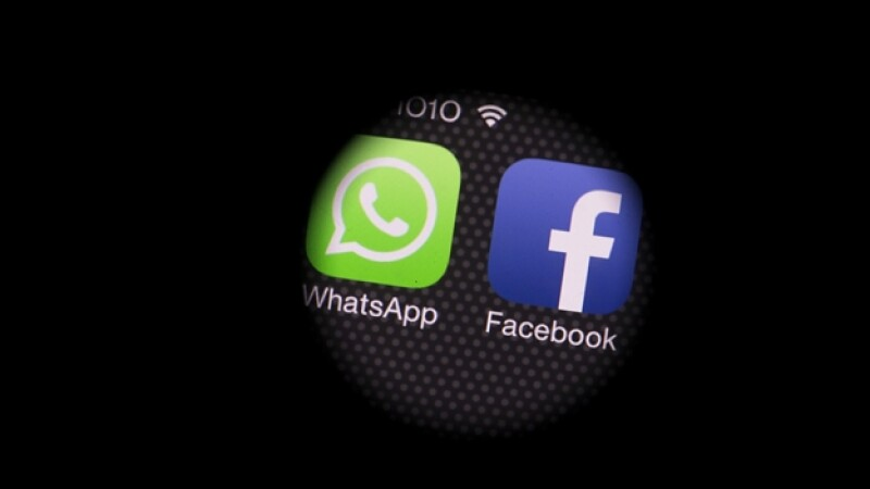 red social facebook y whatsapp