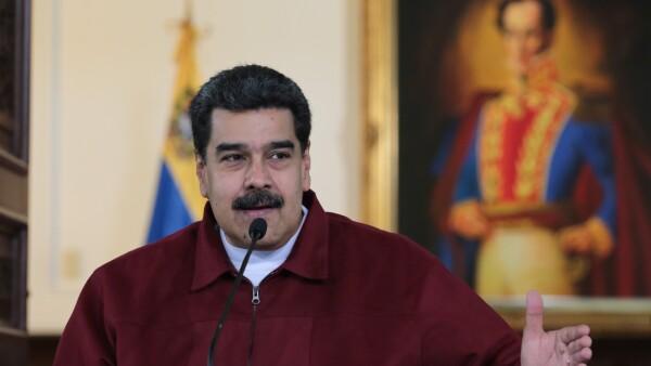 Maduro considera un acto de cobardía las sanciones de EU contra su esposa