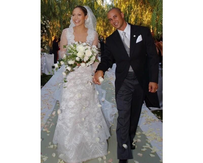 J. Lo usó Wang cuando se casó con Chris Judd y cuando lo hizo con Marc Anthony.