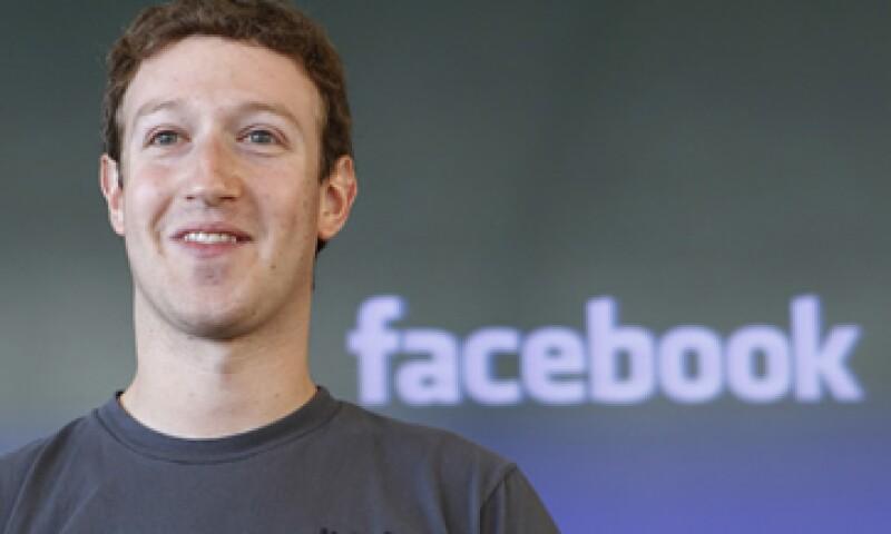 Mark Zuckerberg podría incrmentar su fortuna este año con la salida a la Bolsa de Facebook. (Foto: AP)