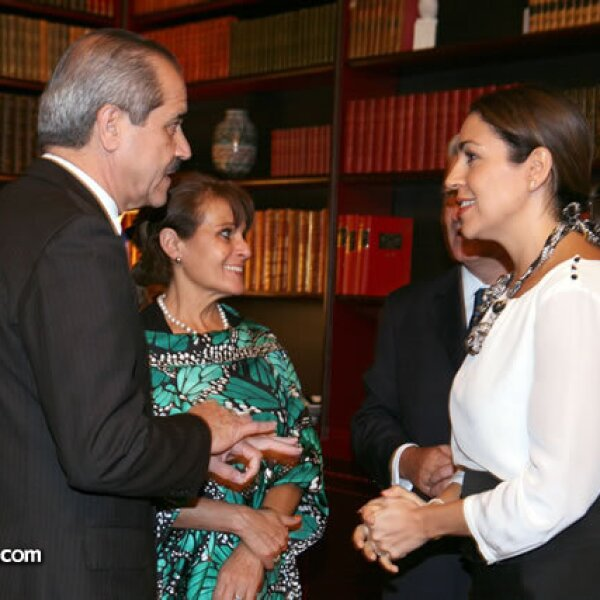 José Ángel y Gabriela Córdova Villalobos,Cristina Pineda