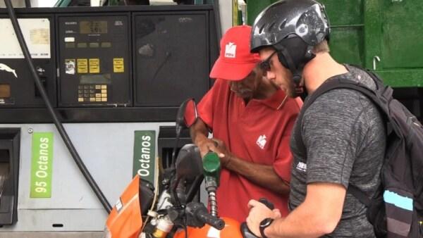 Esto es lo que opinan algunos venezolanos del anuncio de regulación de gasolina