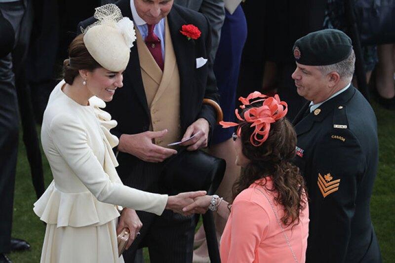 Kate es conocida por usar outfits low cost y repetir looks, no importa el evento.
