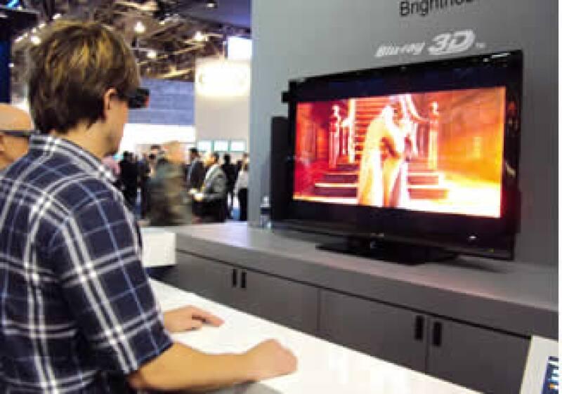 La mayoría de las firmas tecnológicas ya tienen listos sus modelos de televisores en 3D. (Foto: Juan Luis R. Pons)