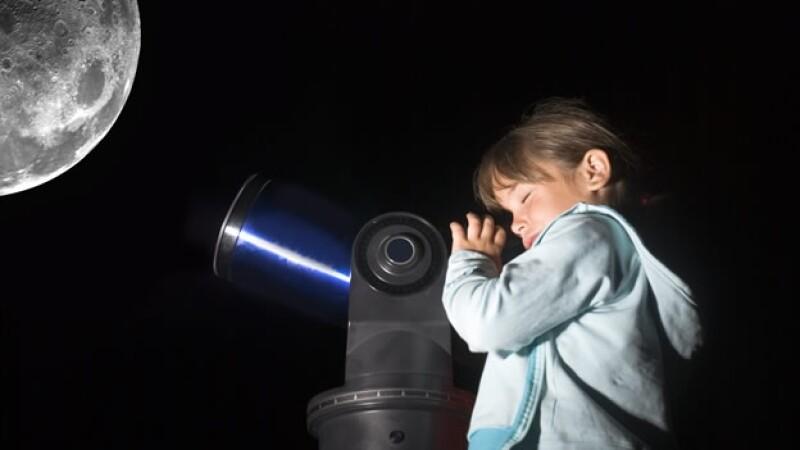 observacion luna telescopio nina
