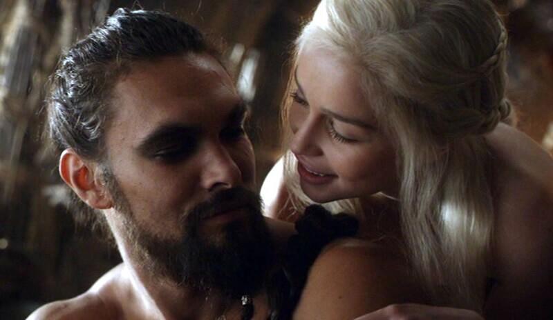 Daenerys Targaryen y Khal Drogo.