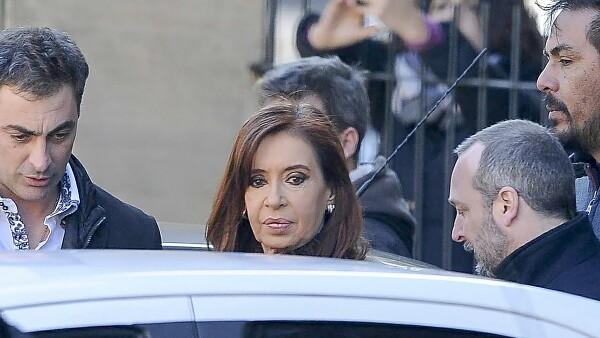 La presidenta está acusada por vender dólares anticipados a empresas y bancos a precio oficial antes de salir de la Casa Rosada.