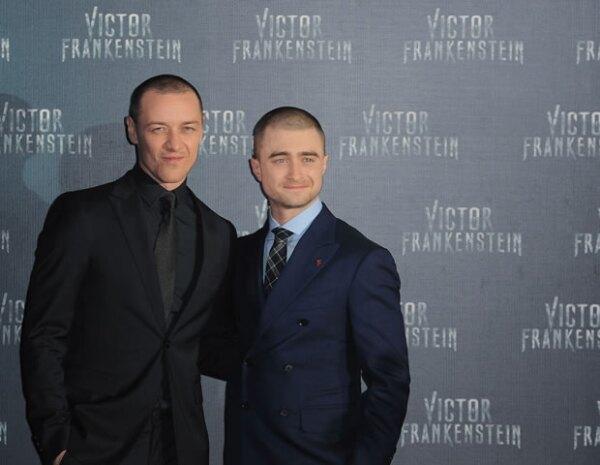 James McAvoy y Daniel Radcliffe en la premiere de `Victor Frankenstein´ en la Ciudad de México.