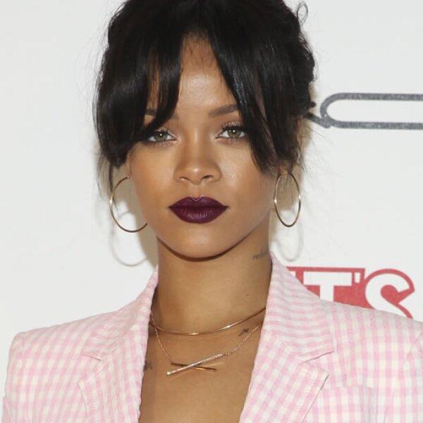 La joven de 26 años Rihanna, regresó no solo a Instagram, sino que también postuló en el quinto lugar con 48 millones de dólares.