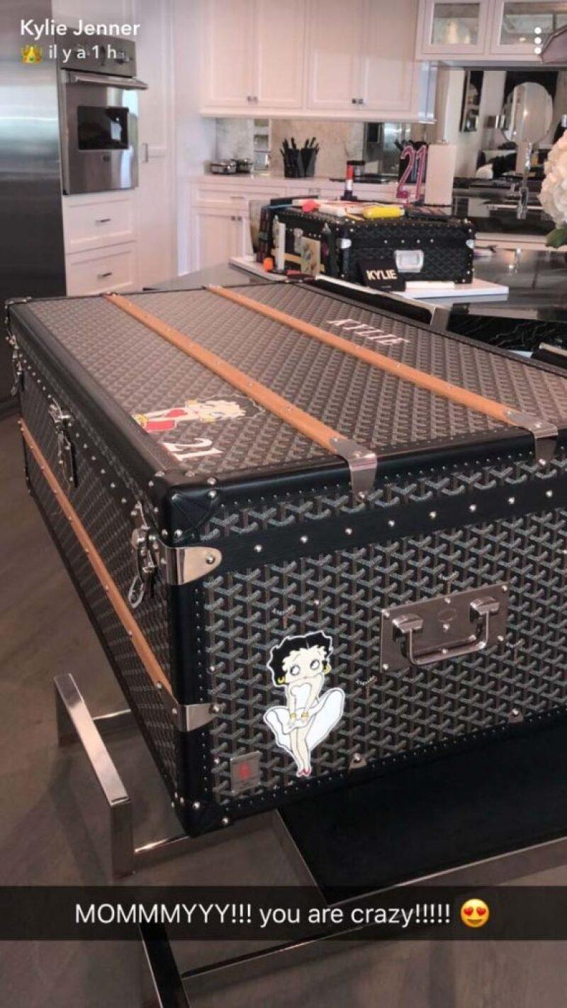 El baúl que Kris Jenner le dio a Kylie