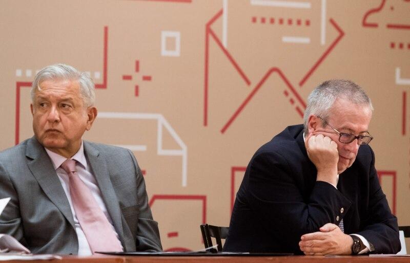 Carlos Urzúa y AMLO