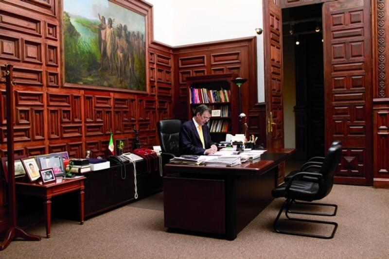Marcelo en su oficina.