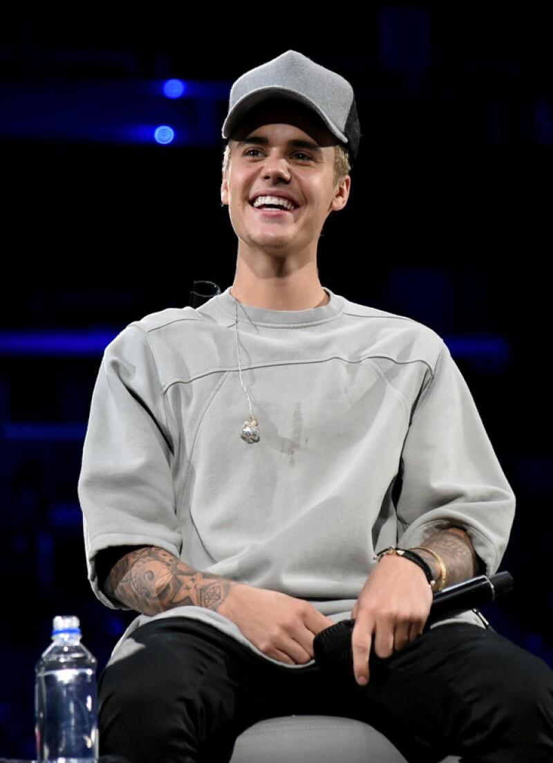 El contenido del cantante canadiense es el que más denuncias recibe en la plataforma de videos, según reveló el asesor de política de Google.