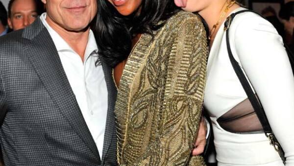 La veterana modelo se peleó a empujones en una fiesta con la joven británica porque le pareció que esta había faltado al respeto a su amiga Rihanna.
