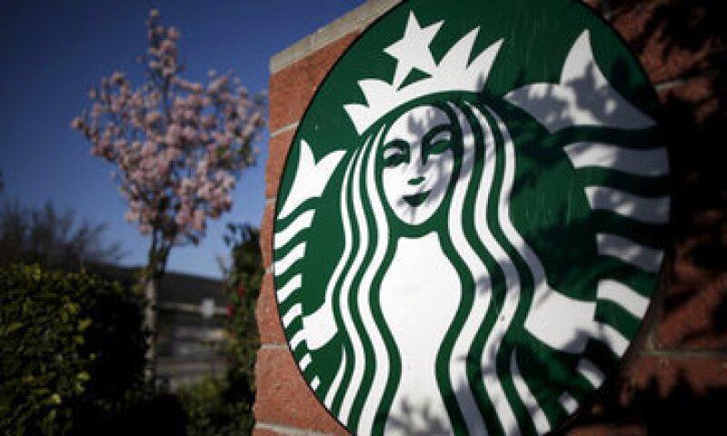 Los hackers pueden obtener fondos directos de una cuenta bancaria a través de la app de Starbucks. (Foto: Getty Images )