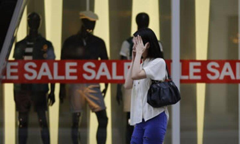 El Banco de Japón prometió inyectar 1.4 bdd a la economía para lograr abatir la deflación en un plazo de dos años. (Foto: Reuters)