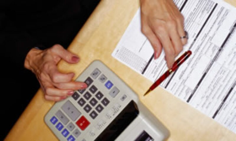 Hacienda reportó que entre enero y septiembre los ingresos tributarios administrados por el SAT crecieron 3.4% en términos reales y anuales. (Foto: Thinkstock)