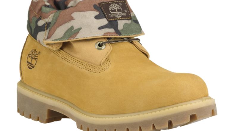 El calzado con inspiración militar no brilló por su ausencia en el lookbook de la marca.