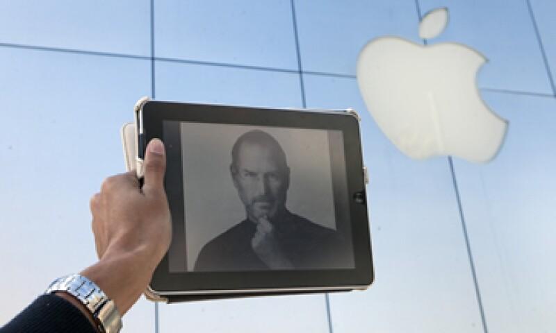 Steve Jobs fundó Apple en 1976 junto con Steve Wozniak y Ronald Wayne. (Foto: AP)