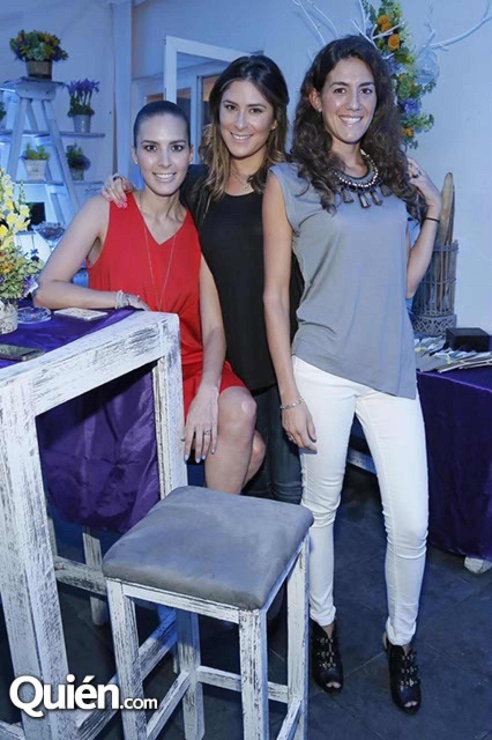 Alejandra Oates,Melissa López y Soledad Miglioli