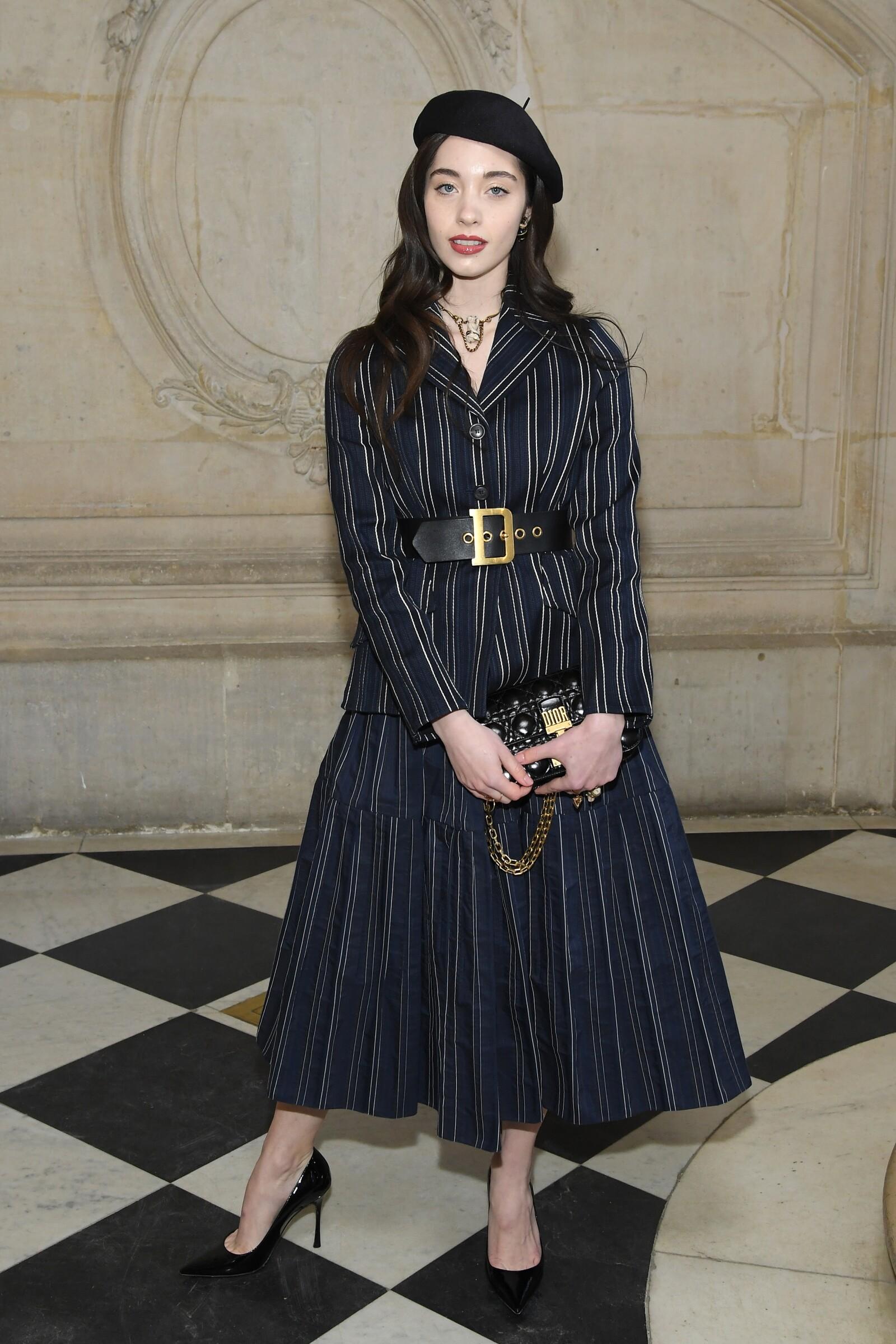 Greta Elizondo asistiendo al desfile de Dior Haute Couture SS19 en un total look de la marca