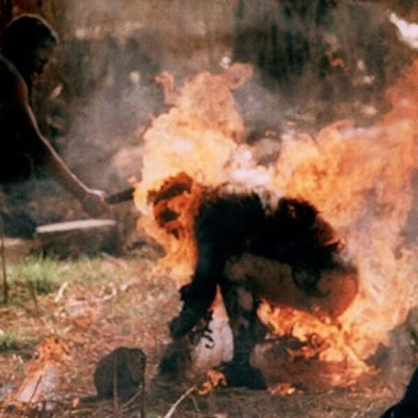 Fotoperiodismo - hombre quemado