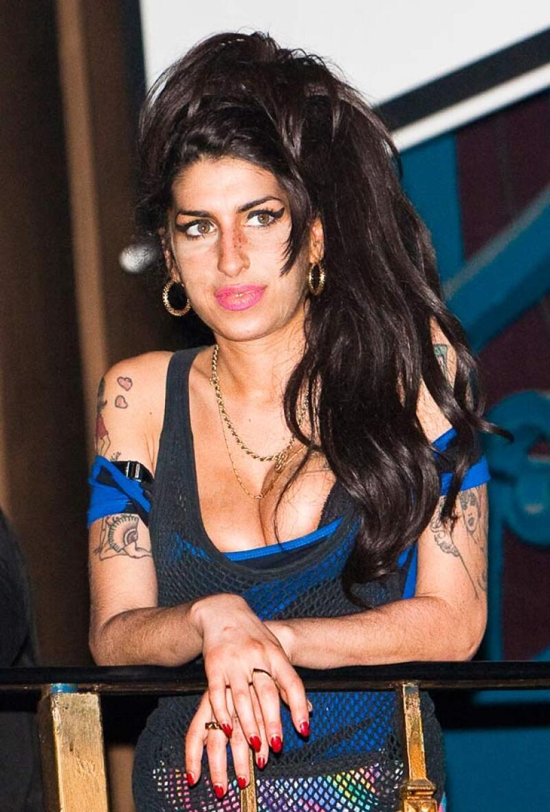 """Tras un largo tiempo de espera, por fin se ha dado un adelanto sobre el filme de la cantante inglesa, titulado simplemente como """"Amy""""."""
